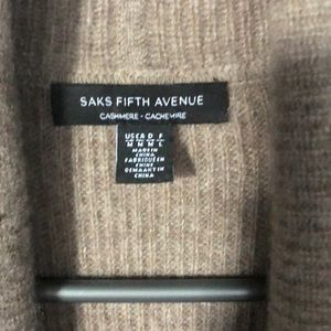 Saks Fifth Avenue Sweaters - Saks Fifth Avenue Cashmere vest